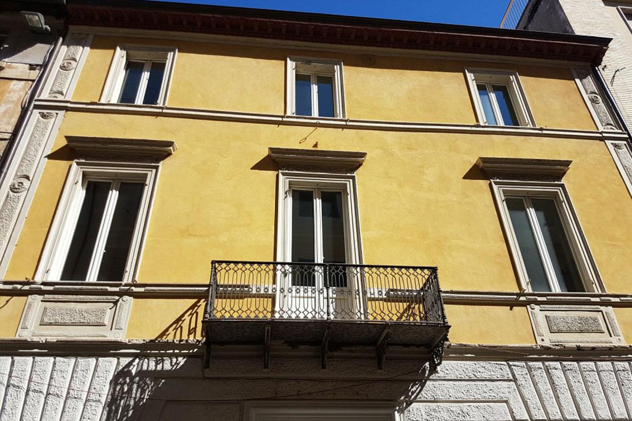 Palazzo Versace Pesaro - Rebuilding Ancona srl -Progettazione e Ristrutturazioni Immobiliari